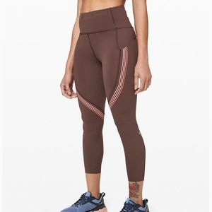 """NWT Lululemon Speed Limit Crop 23"""" Size 4 and 6"""